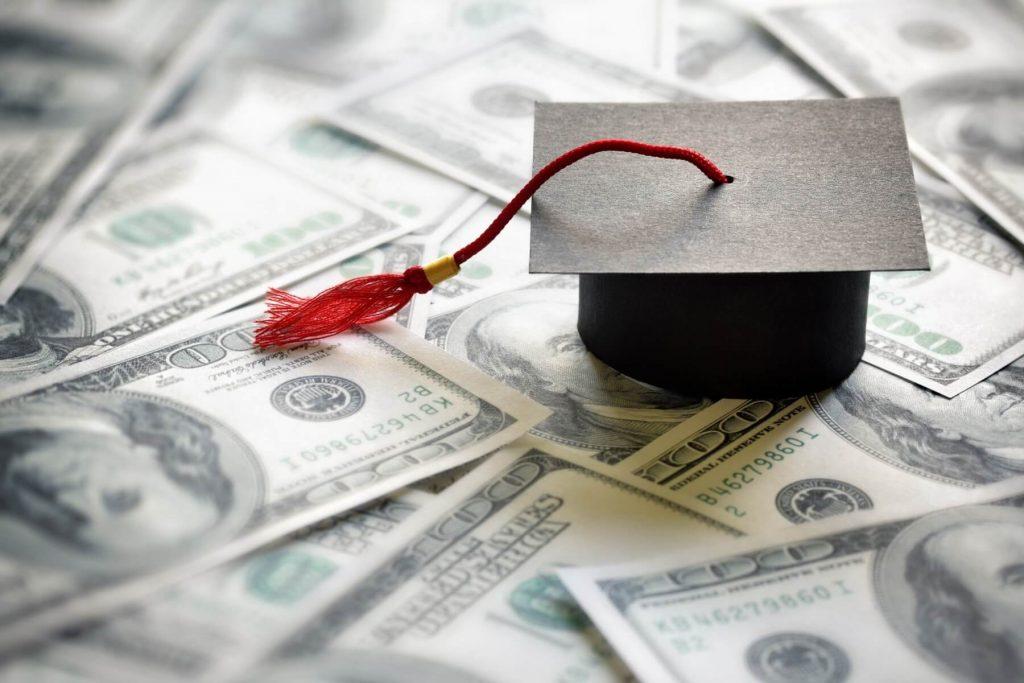 Mức học phí du học của trường tại Mỹ
