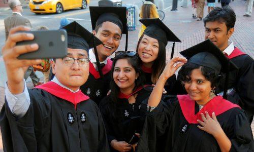 Tìm hiểu về phương pháp học của sinh viên Harvard